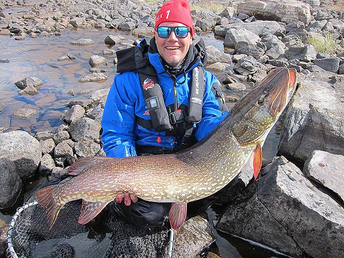 Henrik Sandahl  är en av delägarna på Söder Sportfiske, läs hans blogg här >>